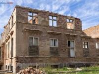 Pałac w Karżniczce - ruiny 2