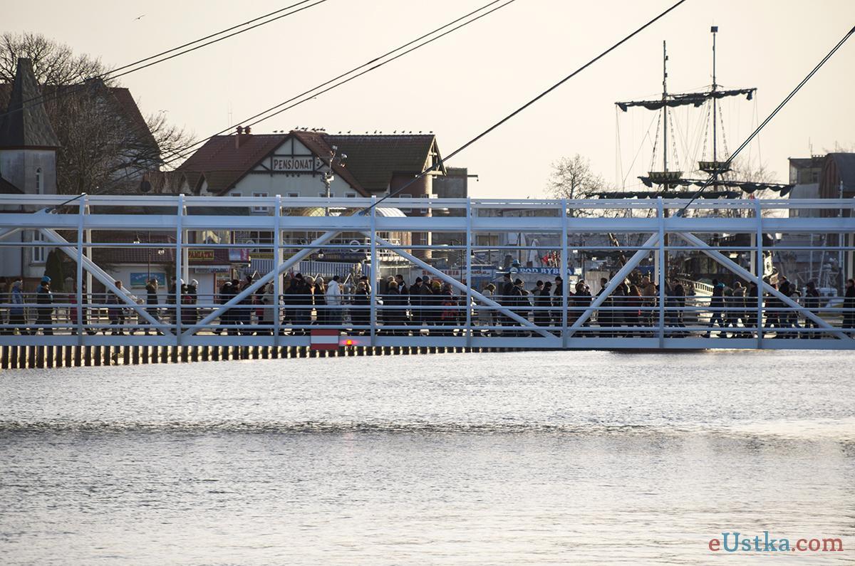 Uskta - przejście przez kanał portowy- 4 stycznia 2014
