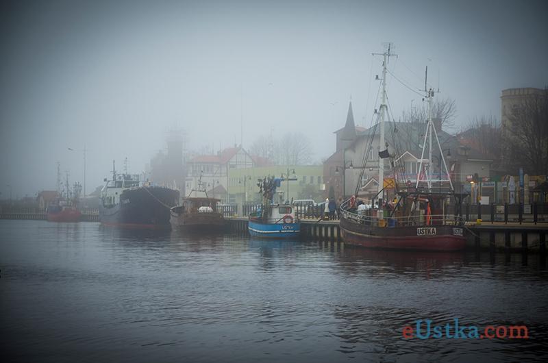Mglista Ustka - port