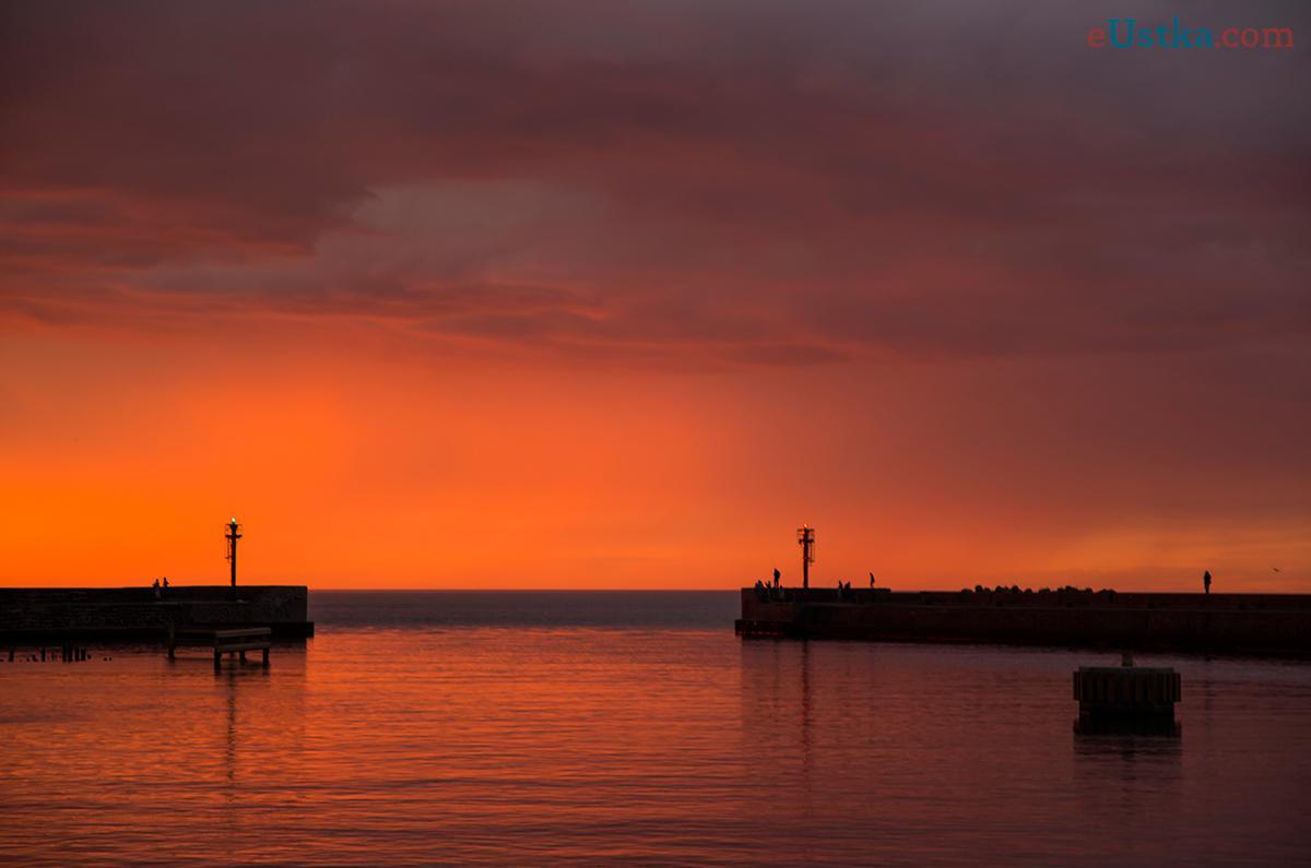 Wejście do portu - zachód słońca Ustka - 23 czerwca 3013 r.