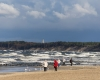 Wiosenny spacer po plaży Ustka