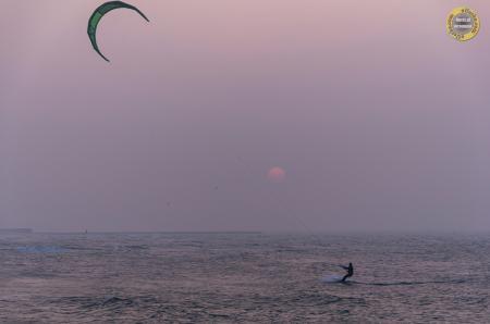 Kitesurfer zachodnia strona Ustki